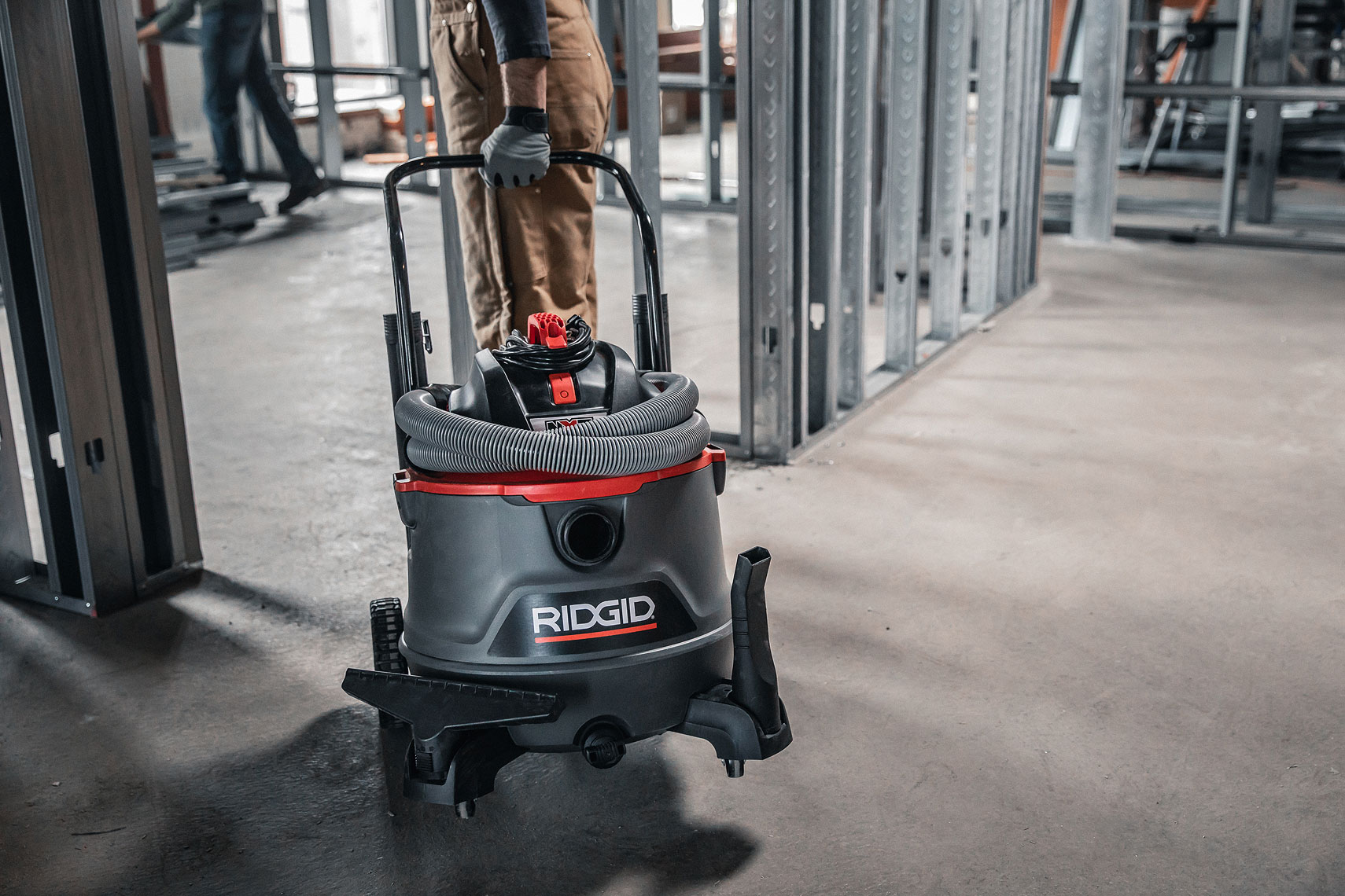 RIDGID RED RT1400 Wet/Dry Vacuum | John Fedele Product Photography