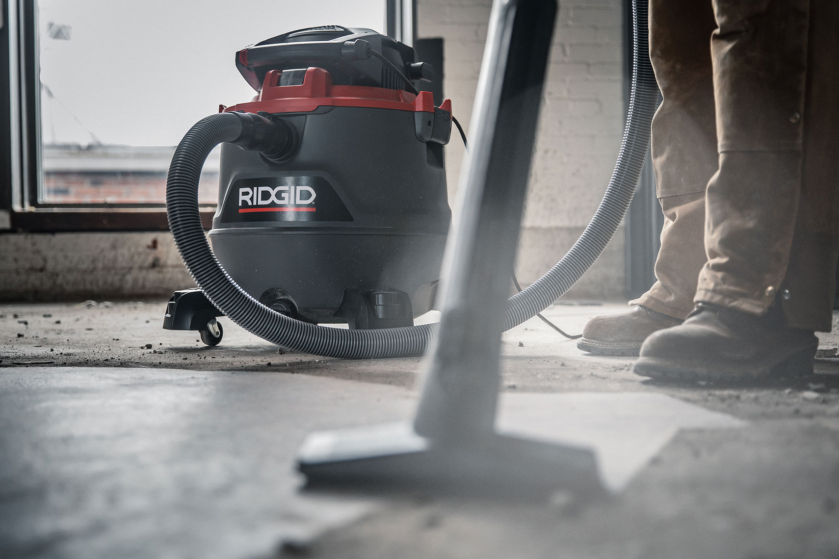 RIDGID RED RT1200 Wet/Dry Vacuum | John Fedele Product Photography